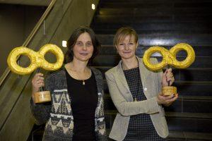 Samen voor De Bilt (Joanne Penning) en MENS De Bilt (Judith Boezewinkel) ontvingen Award voor Mooiste Match NLMatcht 2016.