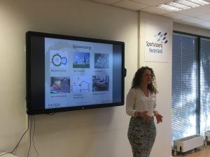 Sissy Verspeek, projectadviseur bij Agrodome, vertelde over biobased bouwmaterialen tijdens inspiratiebijeenkomst op 1 juni 2017