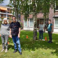 Samen voor De Bilt – Buurtsportcoaches van Mens De Bilt organiseerden levend ganzenbord voor de cliënten van Zideris.